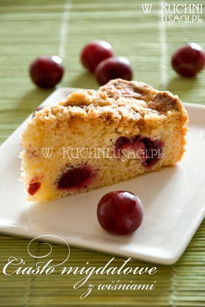 Ciasto migdałowe z wiśniami